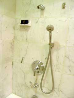 showr2.jpg